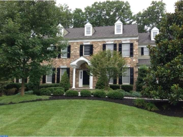 9  SHADY BROOK LANE CRANBURY, NJ 08512